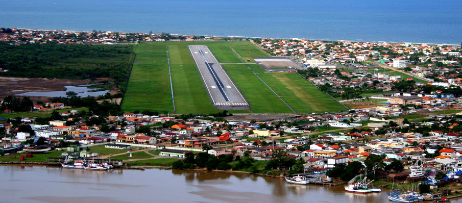 Plano de concessão dos aeroportos de Joinville e Navegantes é apresentado em SC