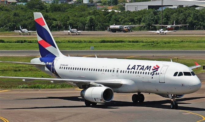 Delta conclui compra de 20% da Latam