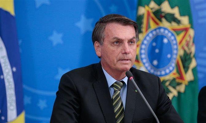 Bolsonaro sanciona lei que regulamenta reembolsos na pandemia