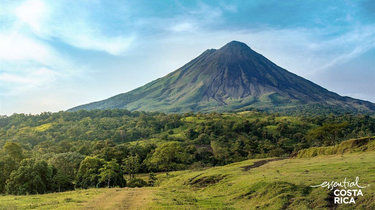 Brasileiros podem viajar para a Costa Rica a partir de novembro