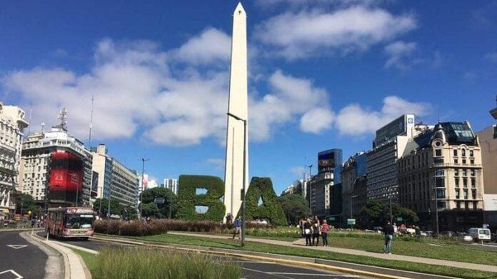 Argentina volta a impedir entrada de visitantes ao país