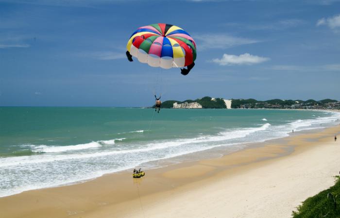 Natal, Foz do Iguaçu e Fortaleza lideram buscas por viagens de verão
