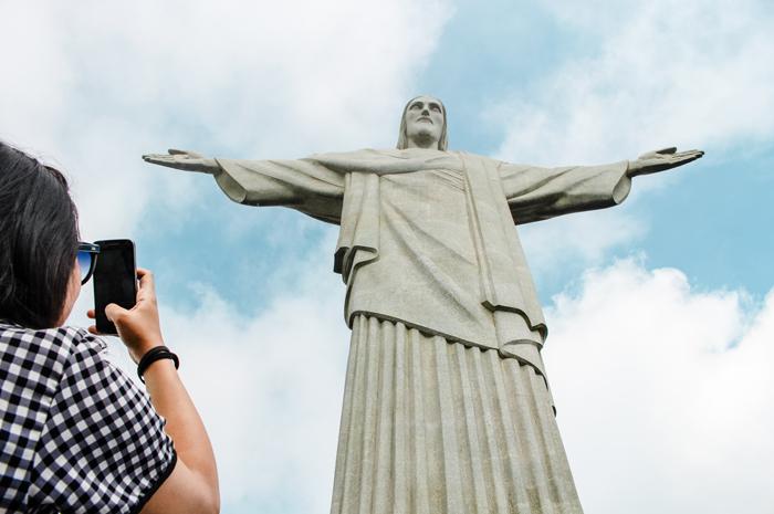 90% dos turistas internacionais aprovam hospitalidade brasileira