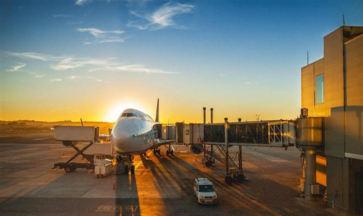 Aviação doméstica alcança 75% da oferta de voos pré-pandemia